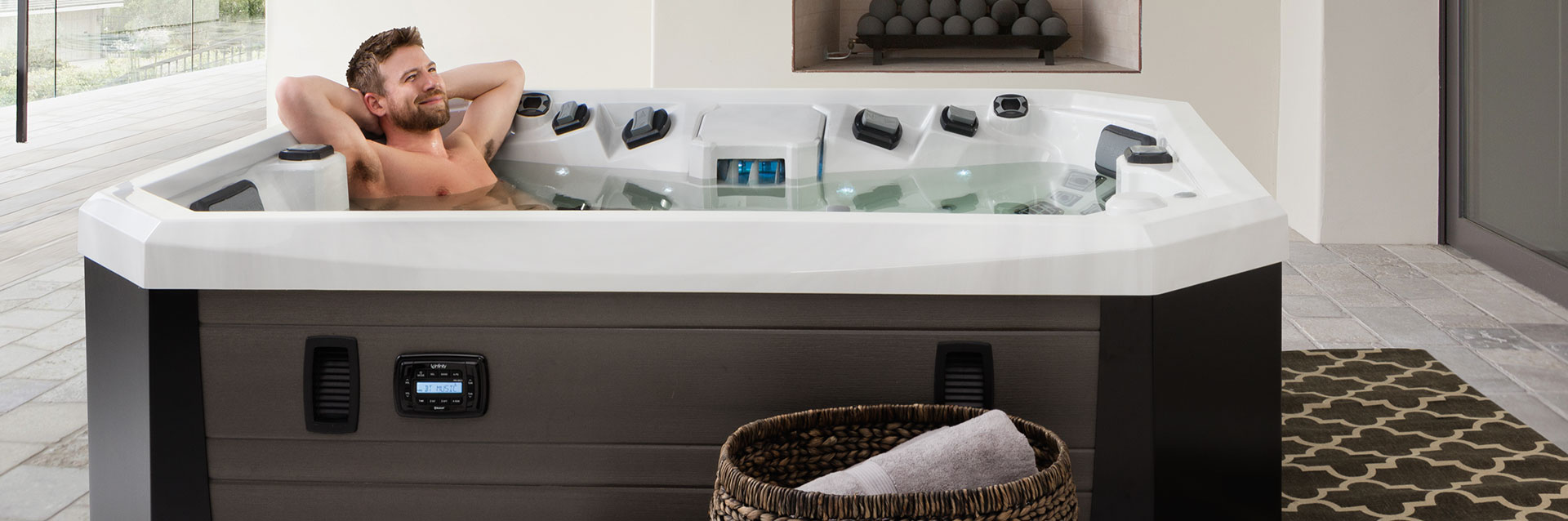 v65 hot tub in New Jersey