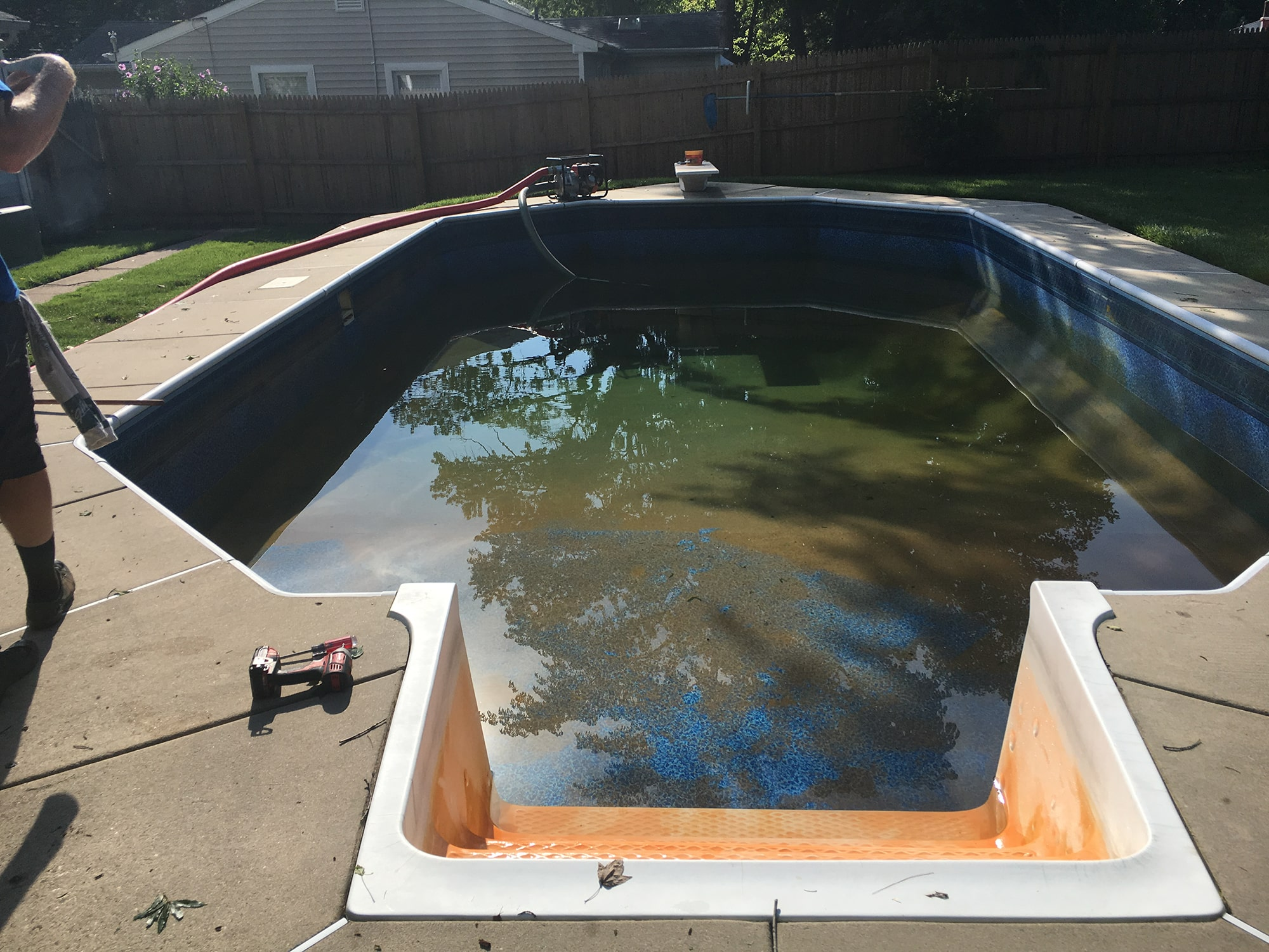 National Pools changing pool liner