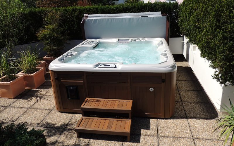 hot tub steps Sundance Spas installation in New Jersey
